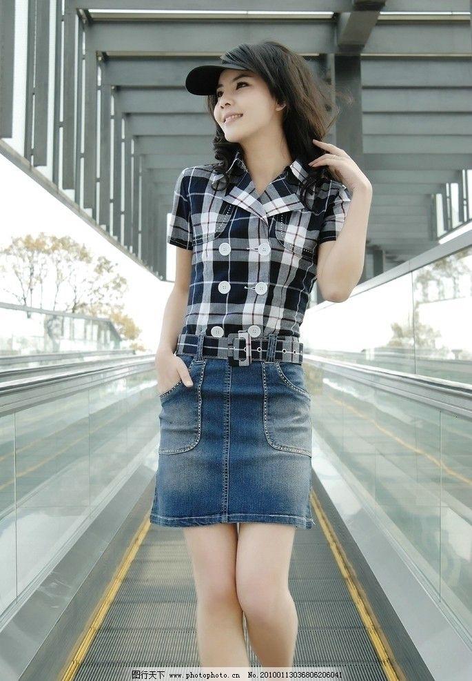 美女 时尚 穿裙 女孩 女性女人 人物图库 摄影