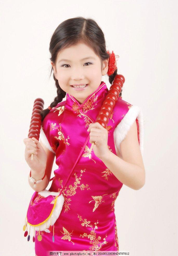 过年啦 红色 小女孩 糖葫芦 可爱笑容 儿童幼儿 人物图库 摄影