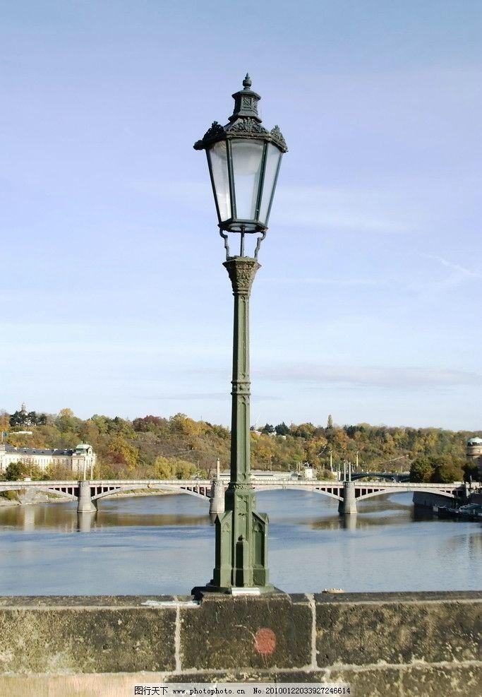 欧洲风情 秋天 装饰画 欧式建筑 风景画 路灯 老式 河边 摄影