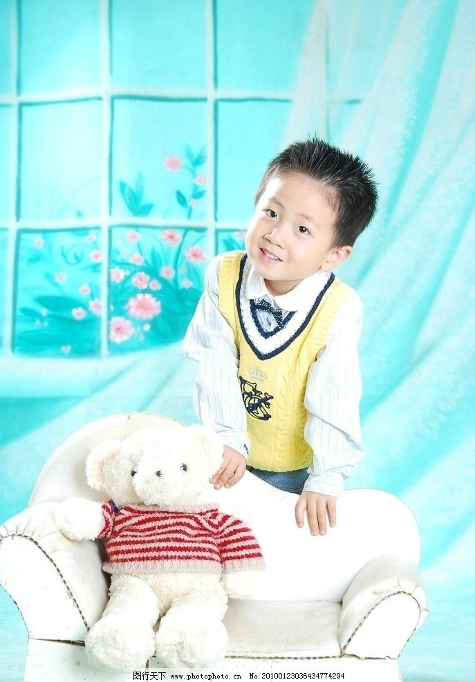 儿童幼儿 时尚宝贝 可爱宝贝 小男孩 毛绒玩具 毛毛熊 摄影