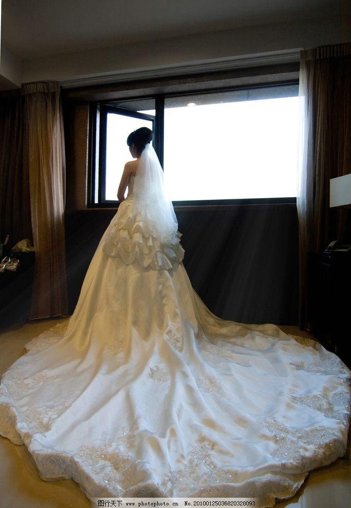 新娘 待嫁背影图片