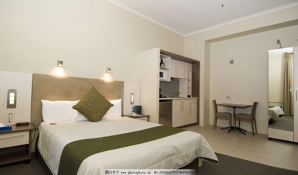 卧室 卧室写真 室内家居 床铺 睡房 室内设计 家居设计 效果图
