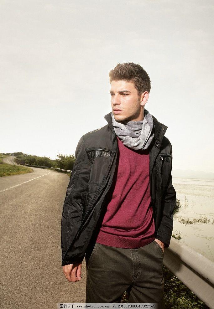 男士模特 毛衣 外衣 夹克 围巾 绅士 外国男人 职业人物 人物图库