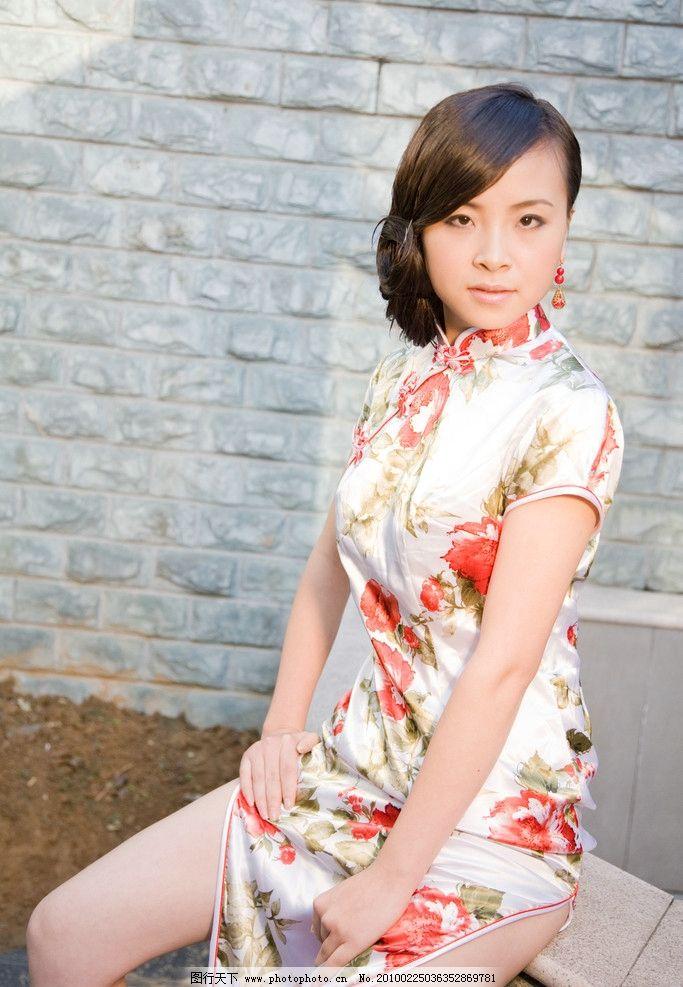 旗袍美女 性感 迷人 漂亮 可爱 丰满 高清 唯美 美观大方 人物摄影