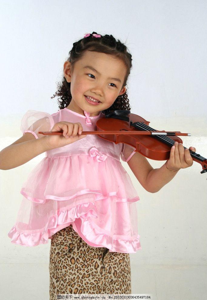 可爱幼童 人 幼儿 女幼童 小女孩 幼稚 宝贝 健康 成长 活泼