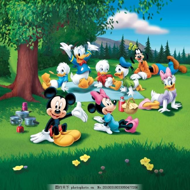 唐老鸭 森林 树林 大树 户外 郊外 游玩 卡通动物 迪斯尼 迪士尼乐园