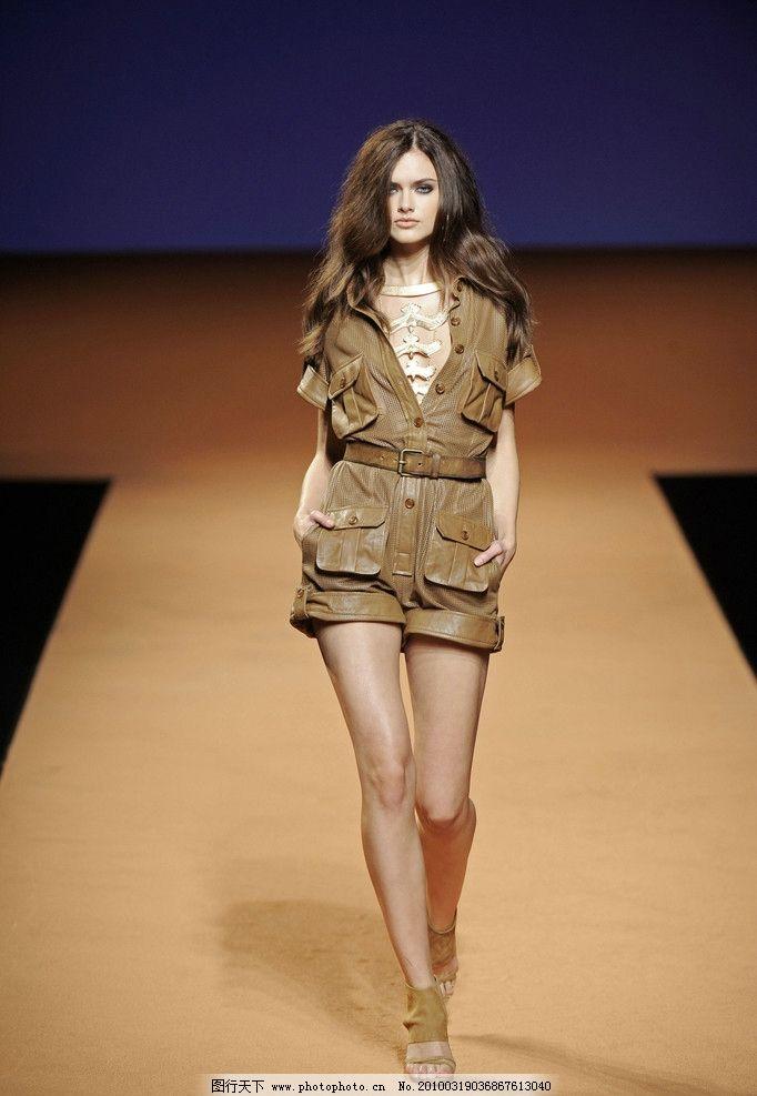 2010春夏巴黎时装周图片