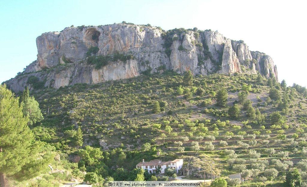 世界风光 风景 山坡 岩石 风景如画 国外旅游 旅游摄影 摄影 72dpi