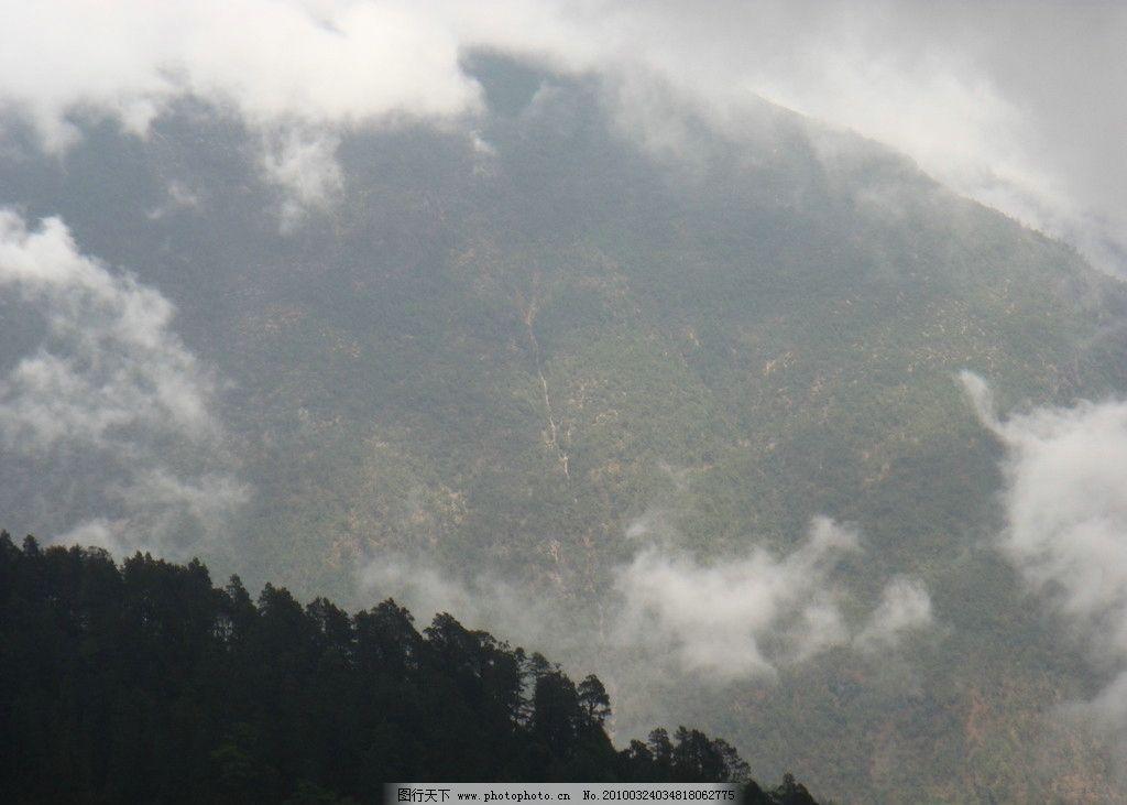 白云 山峰 雾 浮云 山脊 阴天 小树林 天空 俯视 自然风景