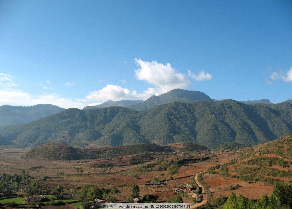 丽江 丽江风景 丽江旅游 树木 高山 远拍 摄影 蓝天 白云 国内旅游 旅