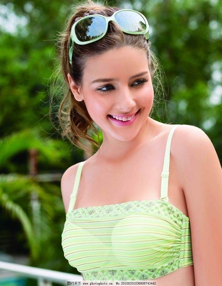 文胸 时尚内衣 模特写真 时尚 外国模特 模特 写真 女人 美女 青年 外图片